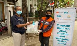 Rumah Zakat Bersama BSI Beri Sembako ke Warga Isoman