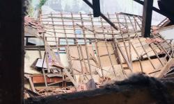 Jelang PTM, Ruang Kelas SDN Otista Kota Bogor Roboh