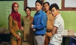 Gading Marten Bangga <em>Guru-Guru Gokil</em> Tayang di Netflix