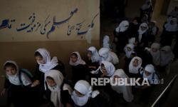 Taliban Janji Izinkan Seluruh Perempuan Afghanistan Sekolah