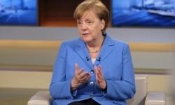 Angela Merkel Pakai Masker di Publik Perdana Pasca-Dikritik