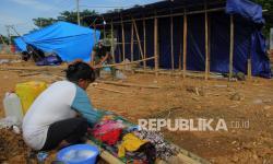 Sudah Seminggu Ini Warga Kesulitan Air Bersih di Pengungsian