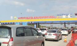 Volume Kendaraan di Ruas Tol Semarang-Batang Terus Meningkat