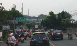 Jelang Berakhirnya PPKM, Jalur Puncak-Cianjur Padat