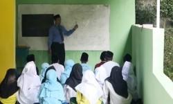 Belajar Islam tidak Cukup Hanya di Medsos