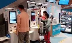 Pengalaman Belanja di Supermarket Berbasis Teknologi