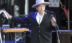 Gitar Bob Dylan dari Album 'Blonde On Blonde' Dilelang