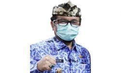 Bupati Cirebon, Imron Rosyadi.