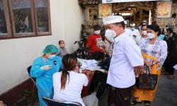 Pemkab Gencarkan Vaksinasi di Wilayah Nusa Penida