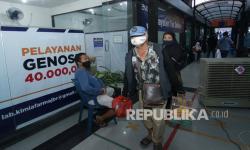 In Picture: Posko Tes Covid di Berbagai Titik Masuk Jalur Arus Balik