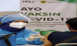 Cegah Penyebaran Covid-19, PPLI Vaksinasi 1.400 Orang