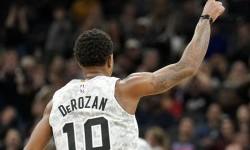 Bungkam Pelicans 122-113, Spurs Jaga Peluang ke <em>Playoff</em>