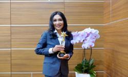Dirut Peruri Sabet <em>Award The Most Inspiring Woman Leader</em>