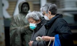 Etnis China Italia Buktikan Jaga Jarak Tekan Sebaran Corona