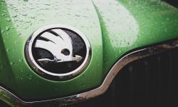 Ceska TolakPelarangan Mobil Bermesin Konvensional