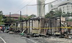 Motor-Motor di Lantai Dua Rumah Habis Terbakar