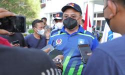 Gubernur Erzaldi Rosman melepas kontingen atlet Provinsi Bangka Belitung ke PON XX Papua, di Halaman Kantor Gubernur, Jumat (24/9) siang.