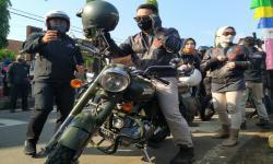 Emil Touring Naik Motor Keliling Priangan Timur