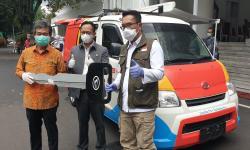 Daihatsu Donasikan 2 Unit Mobil Klinik ke Pemprov Jabar