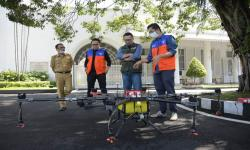 Pemprov Jabar Terima Bantuan Fasilitas Penanggulangan Corona