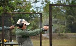 Gubernur Erzaldi Berpartisipasi dalam Lomba Menembak HUT TNI