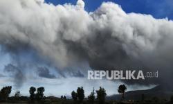 Gunung Sinabung Kembali Erupsi, Luncurkan Abu5.000 Meter