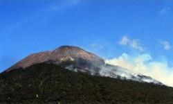 Kasus Covid Meningkat, Jalur Pendakian Gunung Slamet Ditutup
