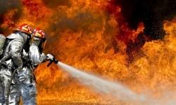 Stasiun LRT Kelapa Gading Terbakar Usai Terdengar Ledakan