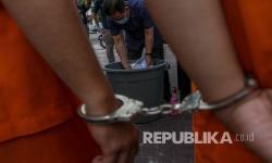 Gagal Menjambret Pasangan Kekasih Diamuk Warga di Cengkareng