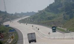 Manfaatkan AI, BPJT Gandeng UGM Pantau Kerusakan Jalan Tol