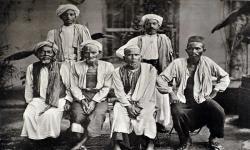 Haji: Dari Sunan Bonang, Sunan Bonang, Hingga Hamzah Fansuri