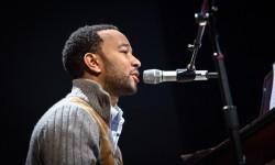 John Legend Bernyanyi via Video pada Pembukaan Olimpiade
