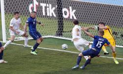 Pelatih Slovakia Sebut Laga Vs Spanyol Eksebisi