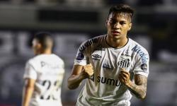 Juventus Resmi Dapatkan Pemain Muda Santos Kaio Jorge