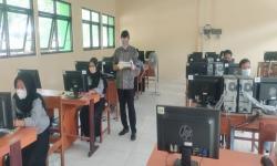 Dosen Universitas BSI Jadi Penguji UKK SMKN 1 Pajangan