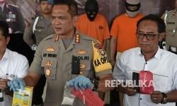 Polisi Buru Satu DPO Usai Gerebek Kampung Ambon