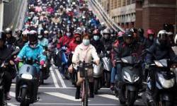 Warga Taiwan Dilarang Belanja Berlebihan Jelang <em>Lockdown</em>