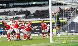 Janji Alderweireld Secepatnya Kembalika Spurs ke Pentas UCL