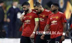 Bek Kiri Manchester United Absen Hingga September