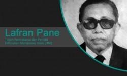 Mengenang Prof Lafran Pane