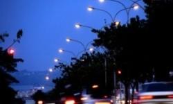 Pemkot Kendari Genjot Pemasangan Lampu Jalan