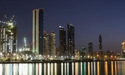 Separuh Pegawai Negeri Uni Emirate Arab akan Kembali Bekerja