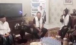 Pelantun Shalawat Asal Jawa Timur Datangi Ma'ruf Amin
