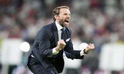 Manajer Inggris Gareth Southgate merayakan setelah semifinal UEFA EURO 2020 antara Inggris dan Denmark di London, Inggris, 07 Juli 2021.