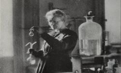 10 Wanita dalam Sains yang Mengubah Dunia