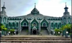Masjid Al-Markaz Makassar Kembali Gelar Shalat Jumat Besok