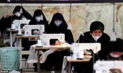Lawan Covid-19, Muslim Iran Sulap Masjid Jadi Pabrik Masker