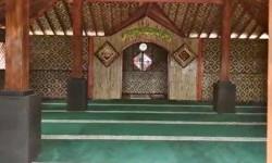 Bahu Membahu Bangun Huntara dan Tempat Ibadah di Lombok