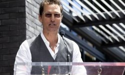 Matthew McConaughey Kian Dekat Jadi Gubernur Texas
