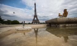 Dua Muslimah Ditikam di Prancis, Pelaku Sebut 'Arab Kotor'